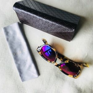 Gucci Accessories - Gucci glasses